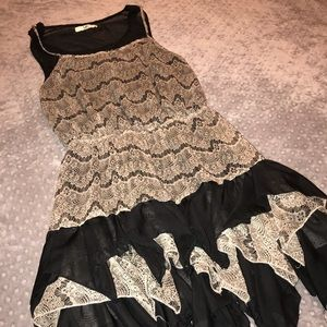 YA AMAZING DRESS! SIZE L SO ADORABLE